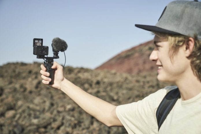 Sony RX0 II: Kamera Aksi dengan Layar Lipat, Kini Bisa Langsung Rekam Video 4K 3