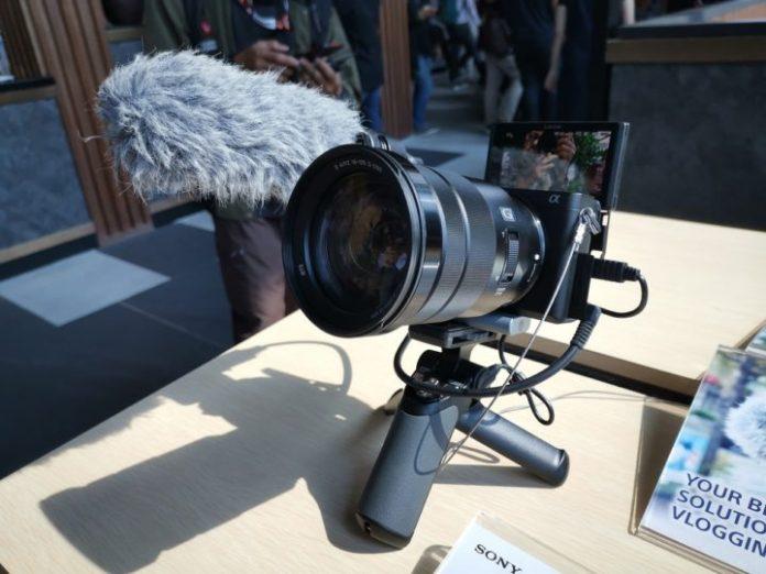 Sony Umumkan Kehadiran Kamera Mirrorless a6400 dan Lensa G Master Prime FE 135mm F1.8 3
