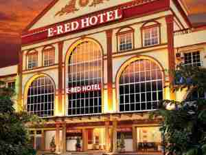 E-Red Hotel Bajet Tapi Lengkap