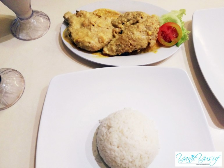 Ayam Tulang Lunak Malioboro Makanan Bali Indonesia