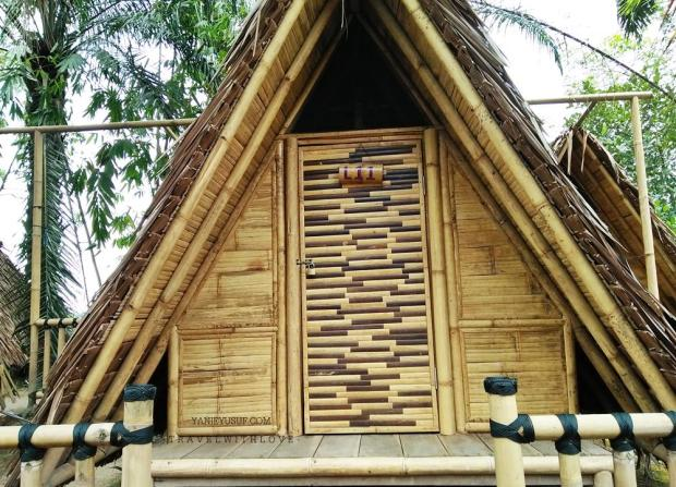 Bamboo Lakeside Tents Site