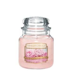Blush Bouquet Yankee Candle Medium