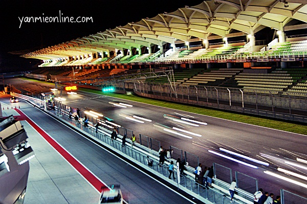 sepang saturday night fever race