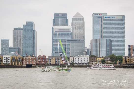 Visit Seattle in front of Canary Wharf