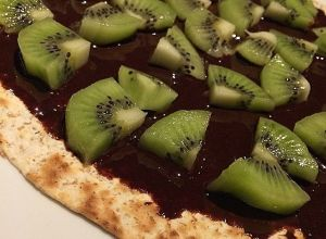 "Pizza ""fit"" de nutella y kiwi (Fajipizza)"