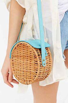 тренд лета 2016 плетенная сумка