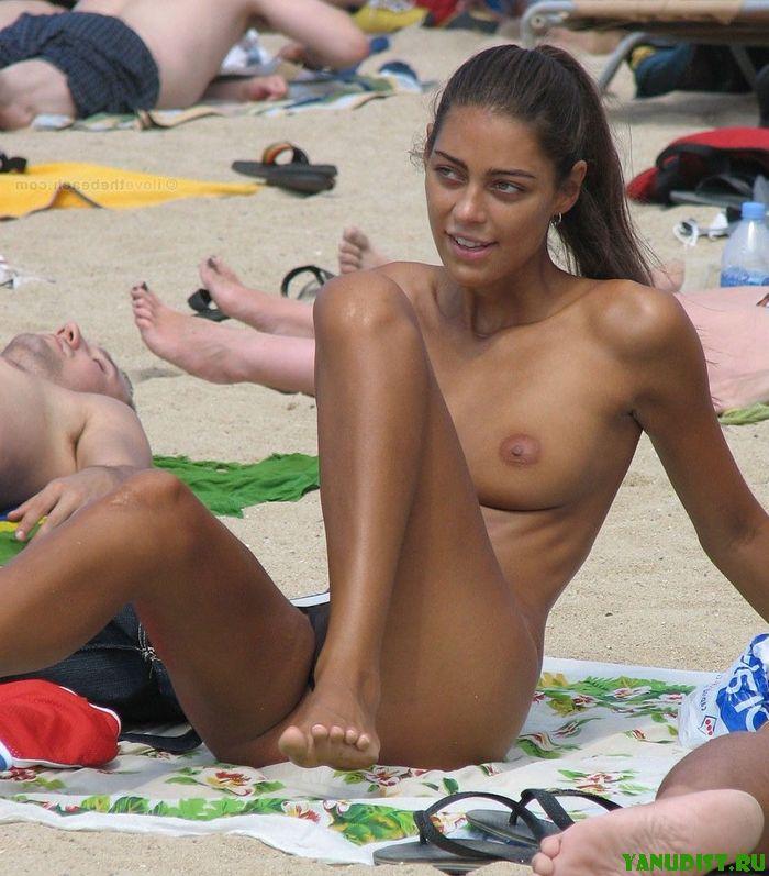 Эротика на ипляже 11 фотография