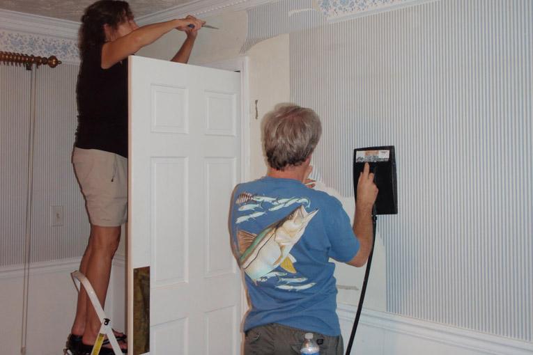 Duvar kâğıdı nasıl döşenir?