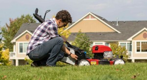 Adjusting the height of your mower