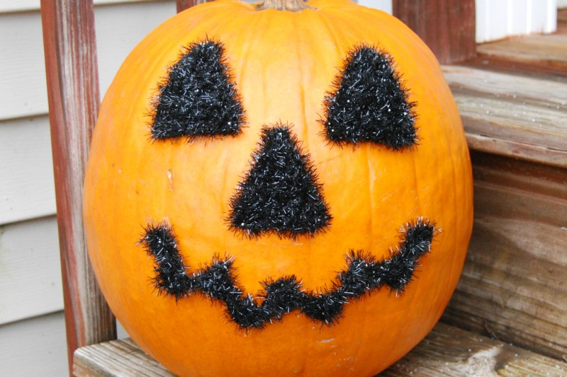 Halloween Face Motifs – Free Crochet Pattern