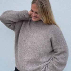 PetiteKnit - pk122_weekend_sweater_1