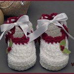 Crochet Tutorial: Holly-Days Booties