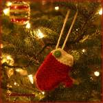 12 Days of Christmas: Mitten Ornament