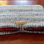 FREE Written Crochet Pattern: Book Sleeve