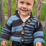 FREE Written Crochet Pattern: Offbeat Baby Cardigan