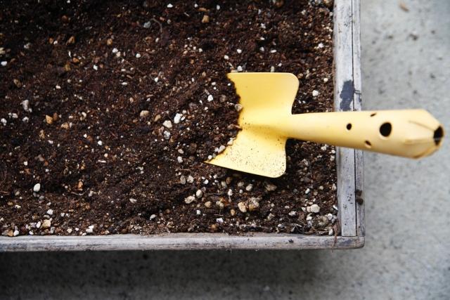 プランター菜園の土のリサイクル