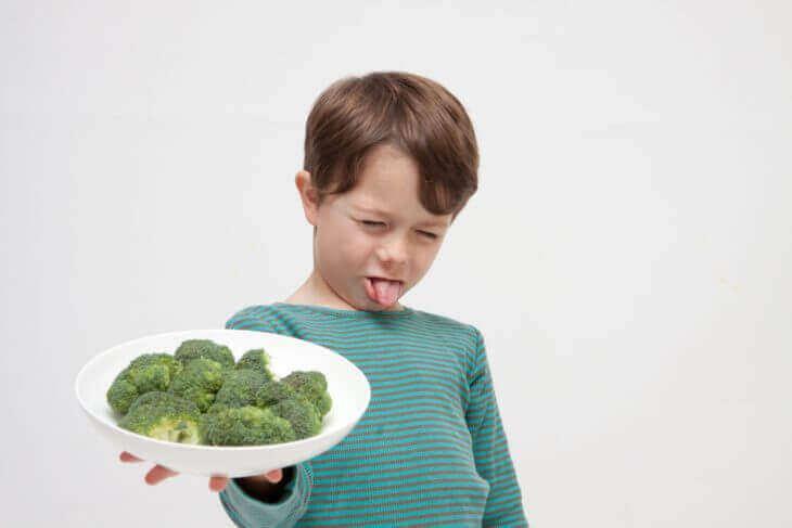 子供はなぜ野菜嫌いなのか?