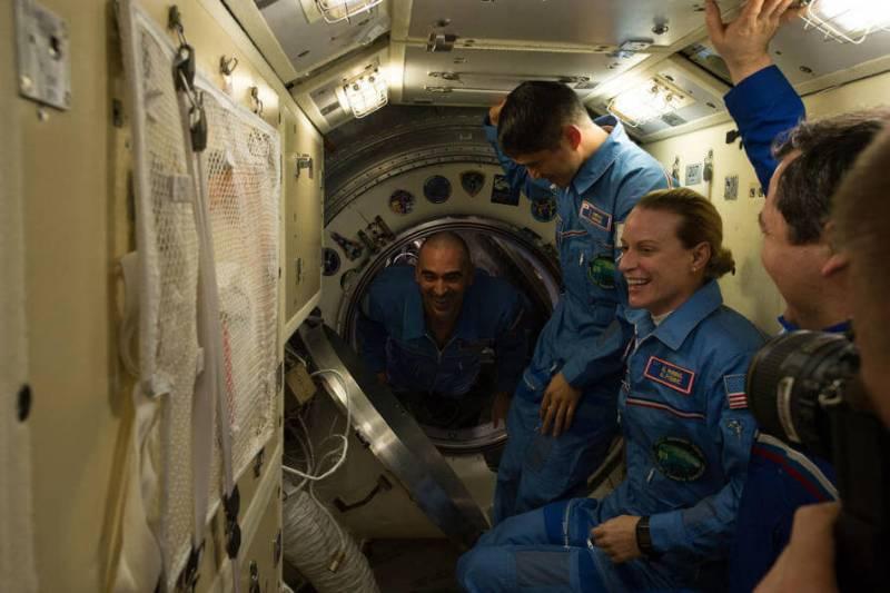 uzayda-6-hastalığı-astronot