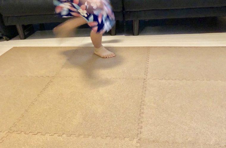 コルクマットは子供の足音を防げるのか。