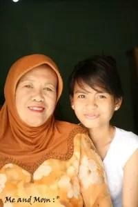 Saya dan Mama saat saya masih unyu :p