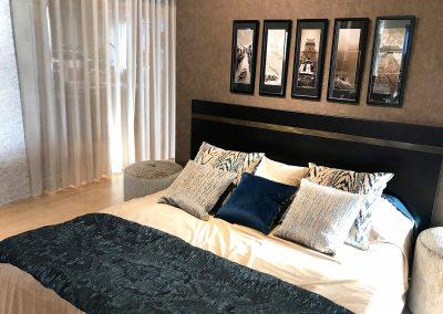 Luxe slaapkamer met moderne inrichting