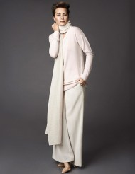 Wide-Leg Front Trousers and Winser Cashmere - Pashmina Wrap