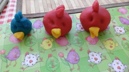 Ett exempel på vad man kan tillverka med play-do är Angry Birds.