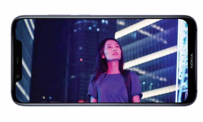 「Nokia X7」の6.18インチディスプレイ