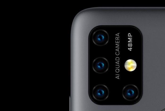 「UMIDIGI Power 3」のクアッドカメラ