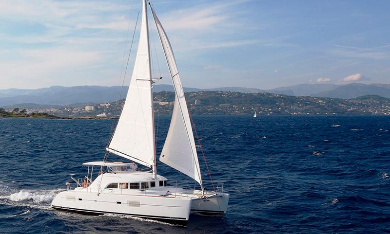 catamaran-charter-puerto-vallarta-lagoon-06