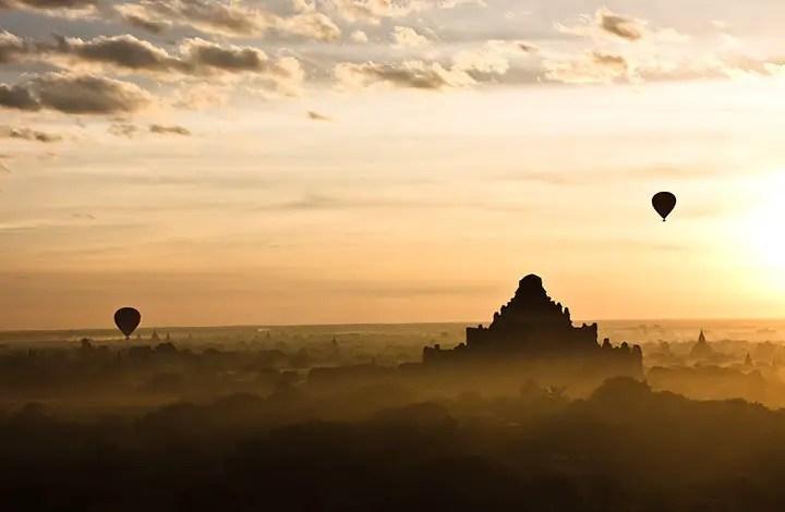 Dhammayangyi during Sunrise