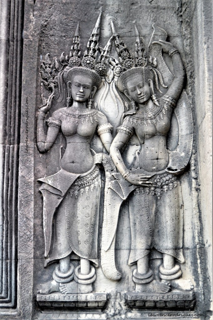 Apsaras in the middle terrace of the Angkor Wat Temple, Siem Reap, Cambodia