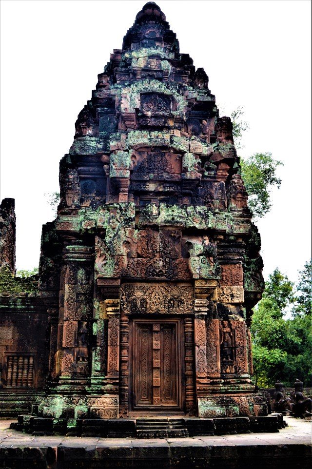 North-facing facade of the north sanctuary tower located inside the inner enclosure of the Bantaey Srei temple, Siem Reap, Cambodia