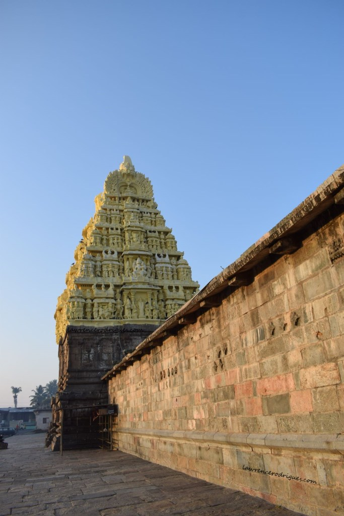 Belur Chennakeshava Temple - A view of the gopura from the norteasth side