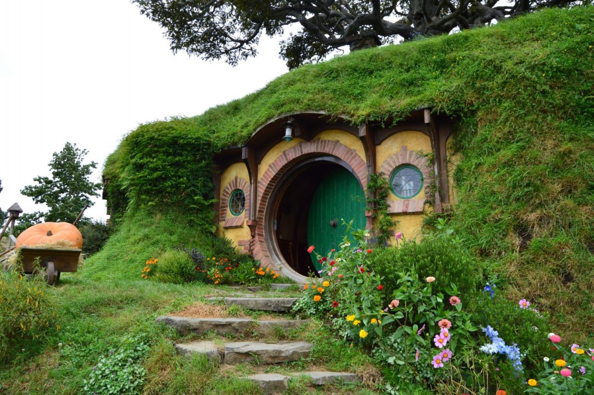 Bag End: The hobbit hole of the Baggins family built in the Hobbiton Movie Set, New Zealand