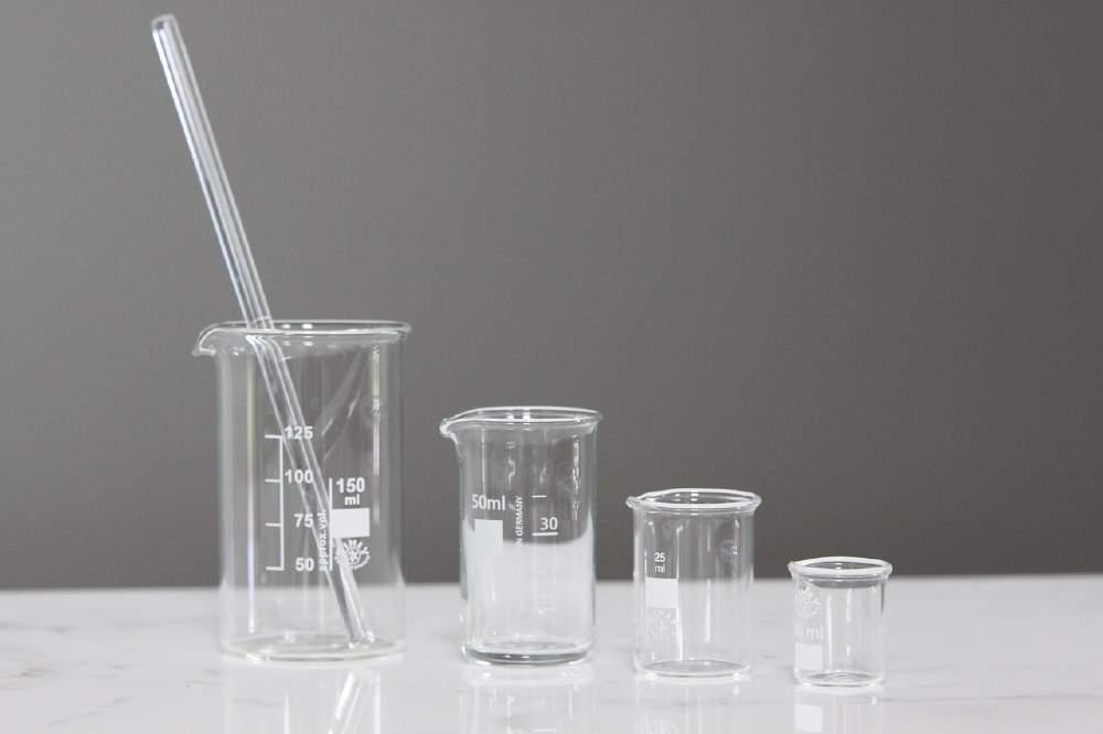 水溶液の性質と質量パーセント濃度の計算‥「溶液」「溶質」「溶媒」の意味