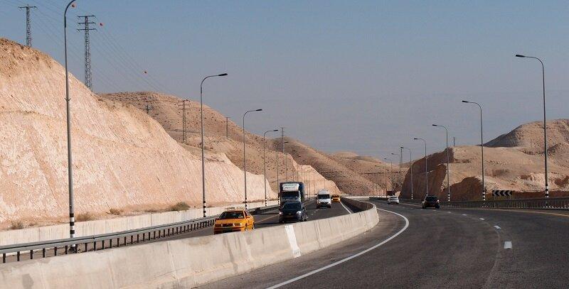Дорога сквозь пустыню