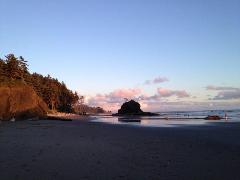 """Пляж Ла Пуш - место действия одного из эпизодов """"Вампирской саги""""."""