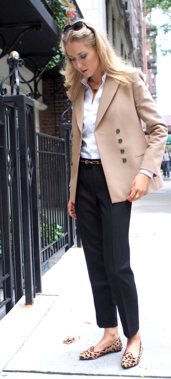 Loafers with classic trousers and a jacket - photo of the new season