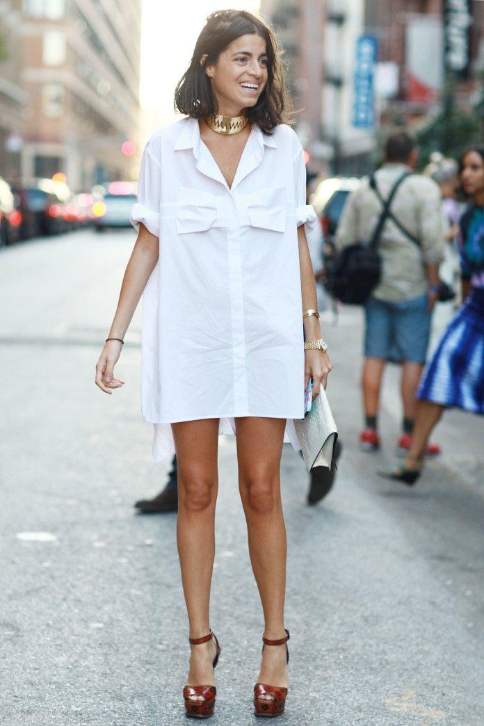 Белая оригинальная модель платья рубашки - фото новинки сезона