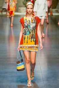 Летние платья туники - фото лучших платьев на Явмоде.ру