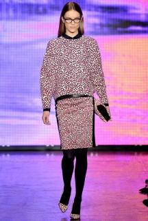 Длинные сочные кофты DKNY