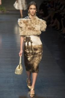 Меховая накидка Dolce_&_Gabbana
