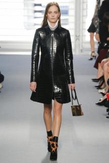 Модный плащ осень-зима 2014-2015 - Louis Vuitton