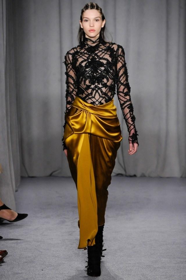 Фото желтой модной юбки 2015 – Marchesa