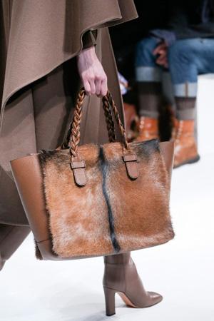 Модная меховая сумка осень-зима 2014-2015 – Valentino