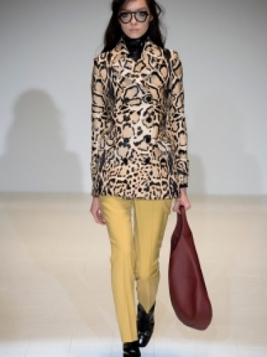 Макияж с широкими бровями осень-зима 2014-2015 – Gucci