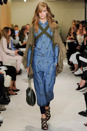 Модные джинсы шаровары весна лето 2015 с джинсовой рубашкой – Sonia Rykiel