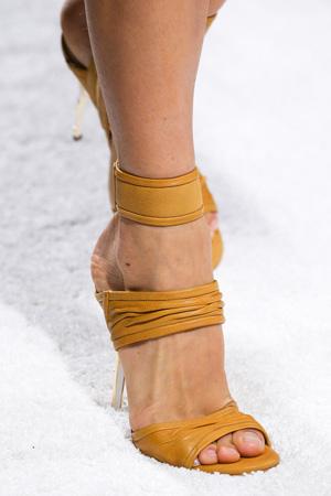 Изящные модные босоножки 2015 на высоком каблуке – коллекция Balmain