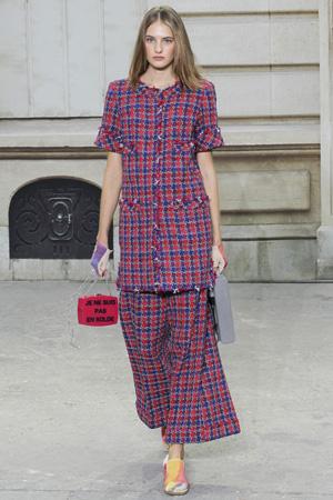 Пиджак и модная юбка 2015 в клетку фото весна лето 2015 Chanel